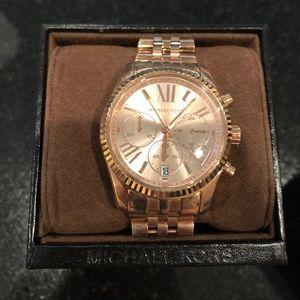 New Micheal Kors Rose Gold Blush Watch for Women